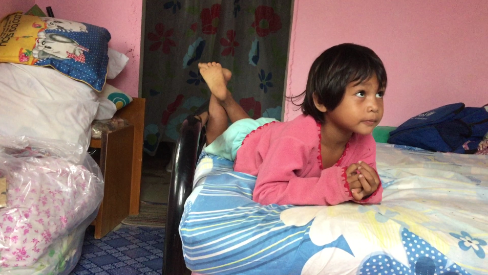 Roseanne is a bright and gifted 4 year old from an impoverished family.