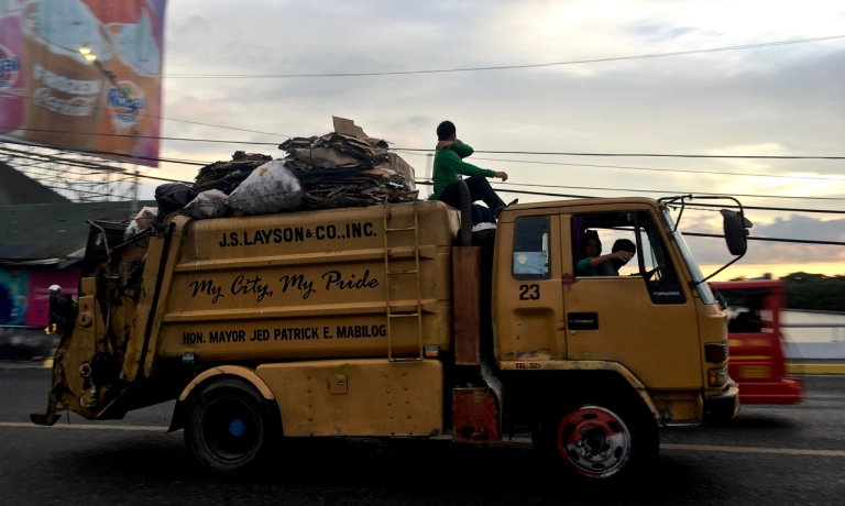 garbage truck in the philippines